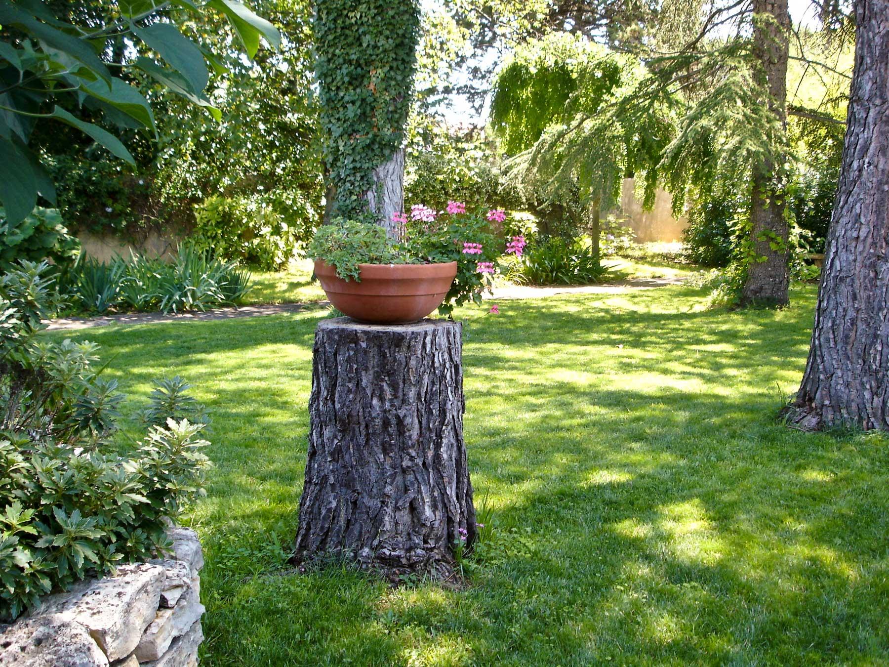 jardin gite france lunel